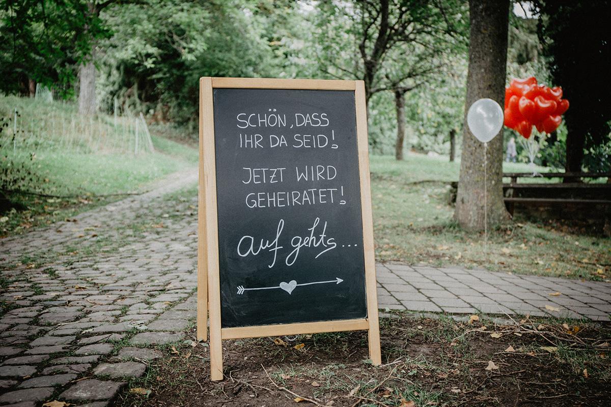 Hochzeitsdeko DIY Schild Hochzeit